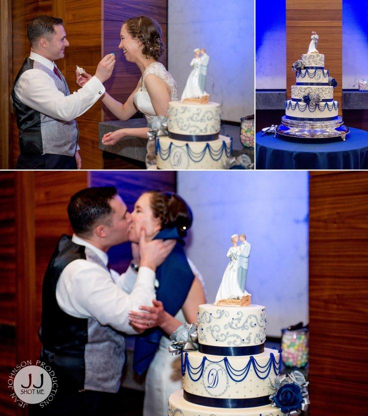 jjshotme-weddingphotography-cakkecutting 1